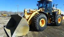 Front End Loader - 5.5 Yard Bucket.JPG